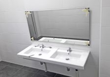Nou lavabo de l'escola Bertí