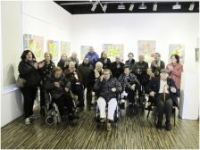 Carme Espel visita la seva exposició